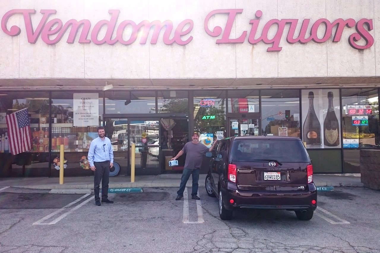 Vendome_Liquor_store_outside_Riverside_1