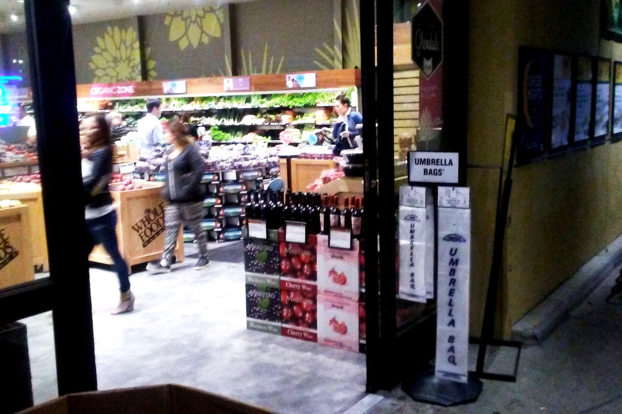 Whole-Foods_inside_2